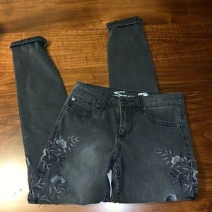 Seven7 Gray Embroidered Skinny Jeans